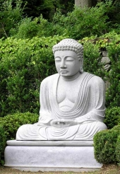 You Love Buddha Statuesu2026 How Do You Choose One For Your Garden.